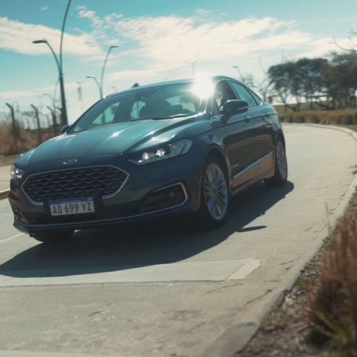 Ford Mondeo Hibrido – Review